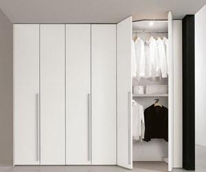 Распашной шкаф 013