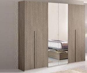 Распашной шкаф 015
